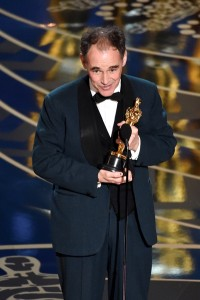 HOLLYWOOD, CA - FEBRUARY 28: Actor Mark Rylance accepts the Best Supporting Actor award for 'Bridge of Spies' onstage during the 88th Annual Academy Awards at the Dolby Theatre on February 28, 2016 in Hollywood, California. (Photo by Kevin Winter/Getty Images)