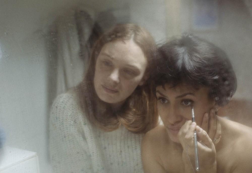 """Кадр из фильма """"Молодая женщина"""""""