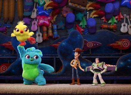 Выиграйте сувенирную продукция к мультфильму История игрушек 4 КультКино cultofcinema.com